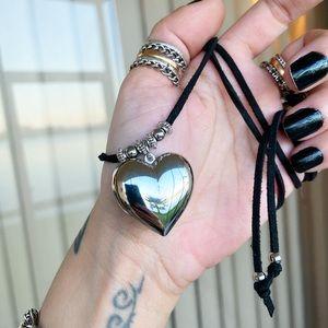 🔴 Sale ! Silver heart black suede choker necklace
